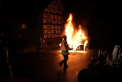 beuern feuer auto helmut 20122013