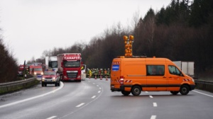 hedemuenden lkw unfall a7 19022020003